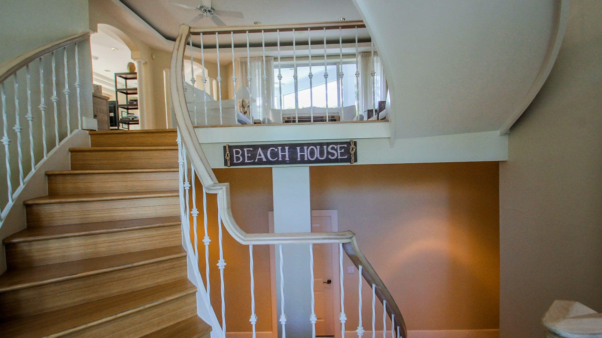 Front Entry Stairwell