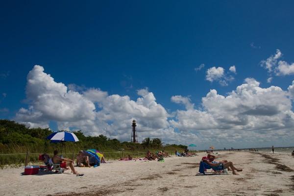 people on Sanibel's lighthouse beach